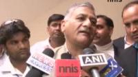 News video: AFTER GADKARI-RAJ, NOW ITS TIME FOR VK SINGH-ANNAS BONHOMIE